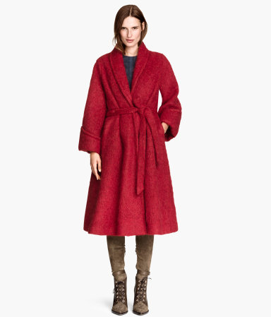 H&M Wide Coat in a Wool Blend - 23% alpaca + 26% wool + 22% mohair.