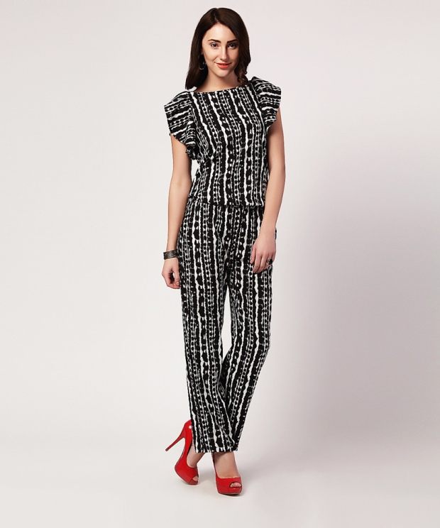 Yepme Violeta Printed Jumpsuit - Black & White