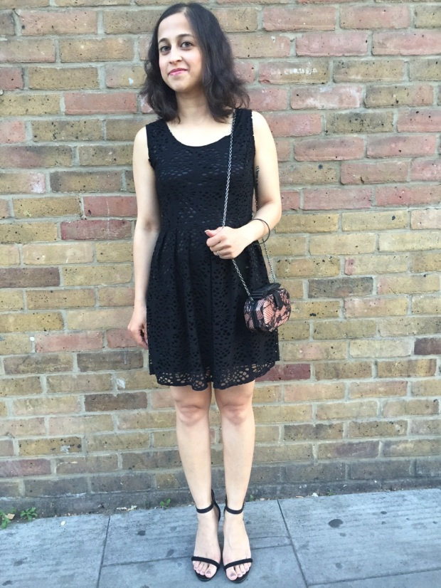 Black summer dress lace bag and nude heels