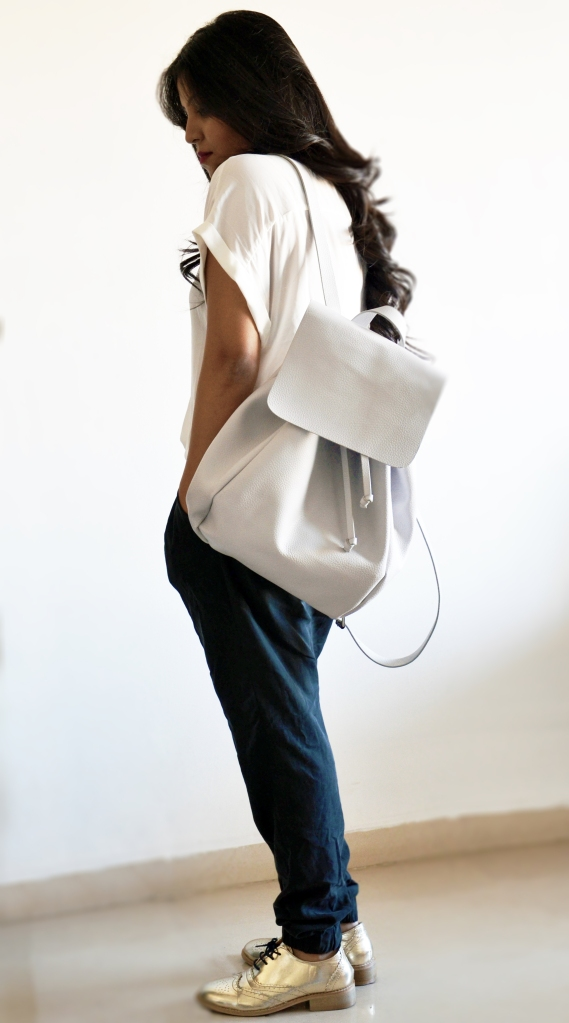 zara-white-backpack